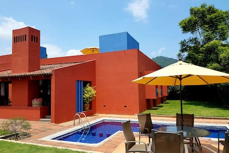 Beautiful House near  downtown Malinalco.