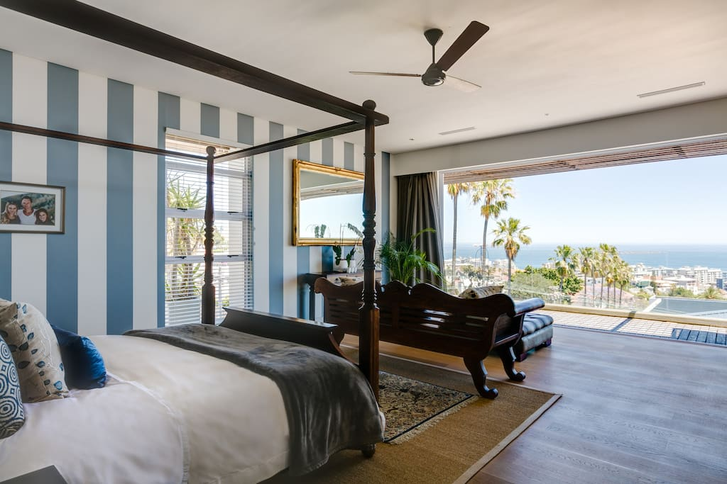 Master bedroom overlooking at ocean