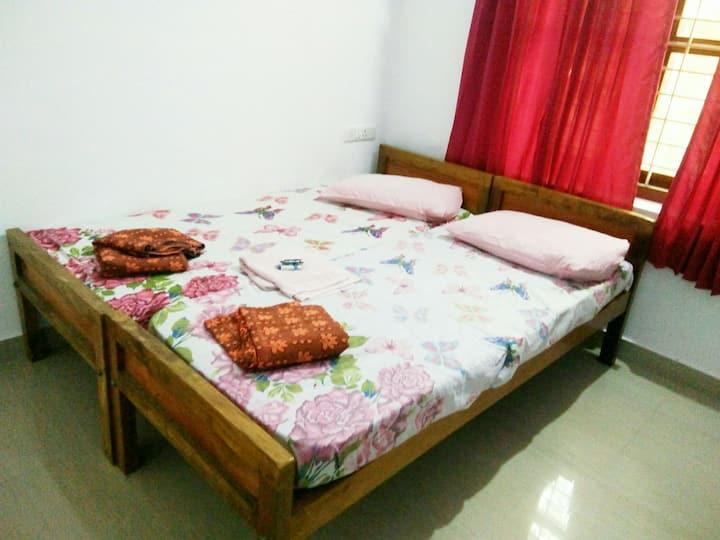 Serviced Villa A/C-NunuHomeStay Guruvayur