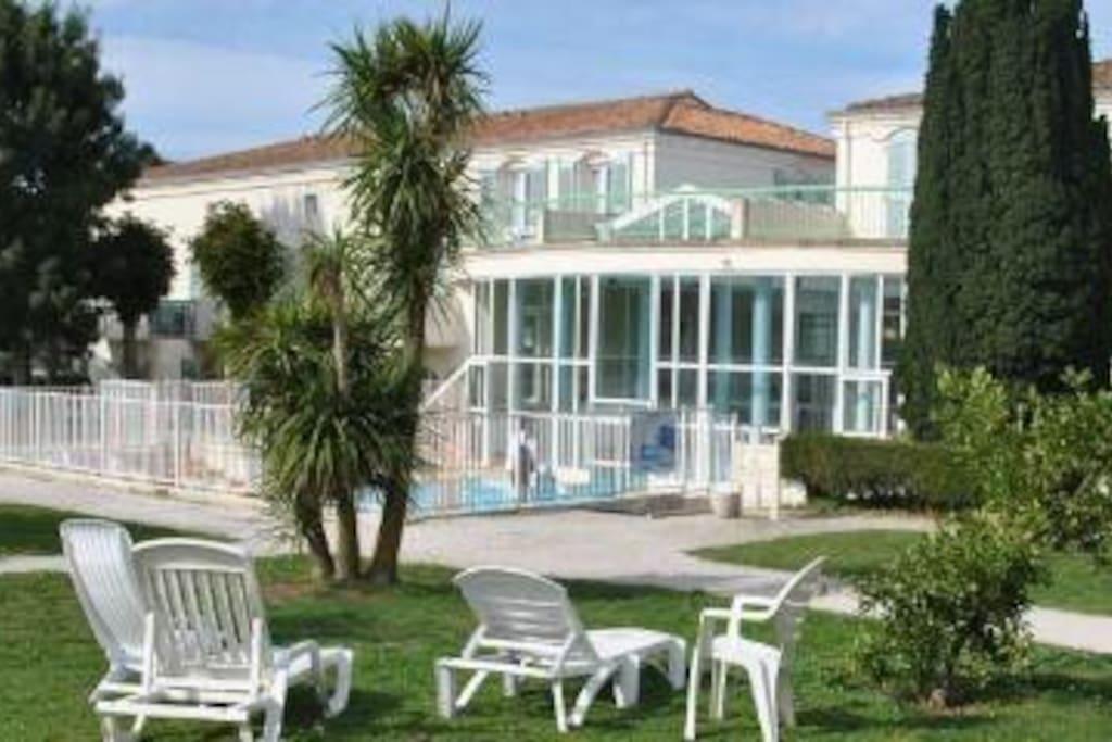 appart piscine jardin sauna salle de sport apartments for rent in martin de r 233