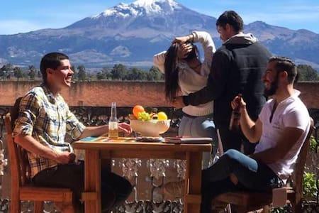 Ex hacienda con vista al Pico de Orizaba