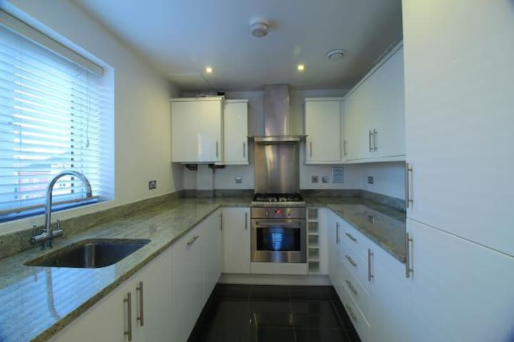 stunning ensuite double room available!