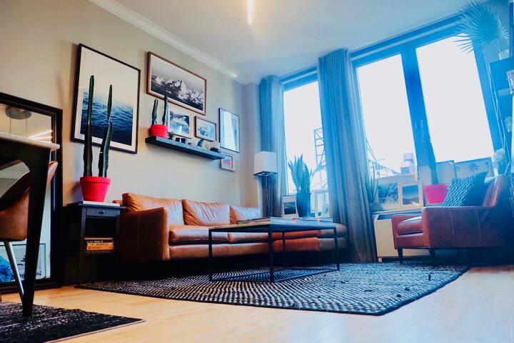 Cozy stylish luxury... in the heart of Soho!!!
