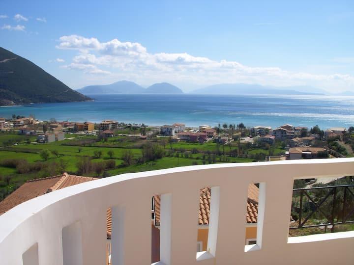 Aegli Apartments - apartment with balcony