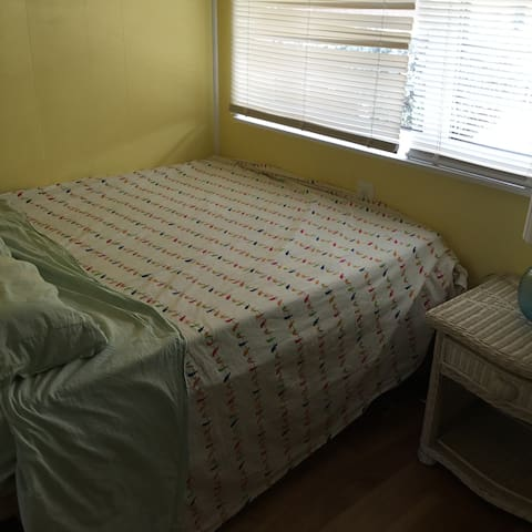 2nd bd. room , small , cute and comfy.