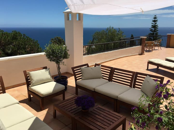 Seaview 100 m2 private terrace Almuñécar