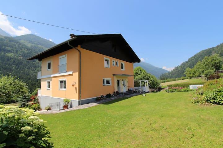 Modernes Apartment in Kolbnitz mit Terrasse