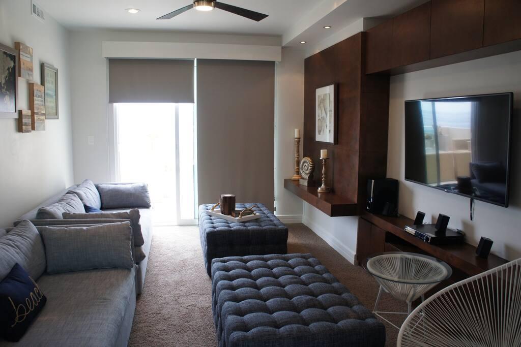 Media Room/Additional Sleeping area.