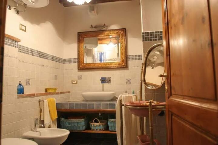 Appartamento nelle Crete Senesi - Chiusure - House
