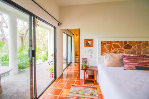 Boutique Casita w/ Patio & Pool | 7 min to Beach