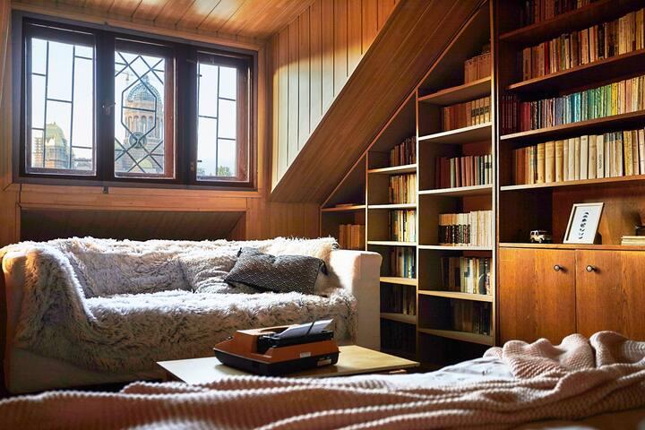 Central Attic of dreams/quality in beautiful villa