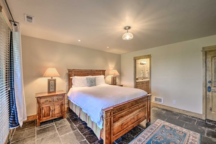 Rustic 4th bedroom downstairs offers queen been and ensuite bathroom.