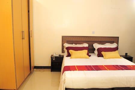 Capital Inn & Suites - Nairobi - Aamiaismajoitus