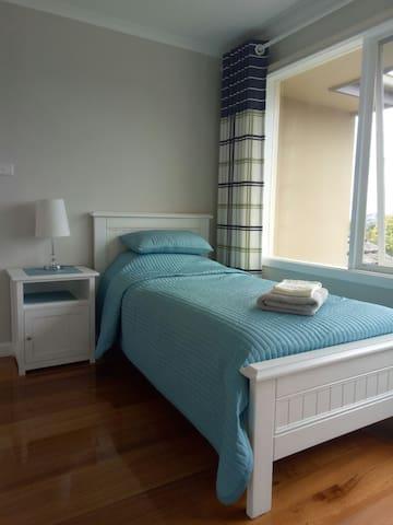单人床阳光房,带衣柜,含无线网络 - Balwyn North - House