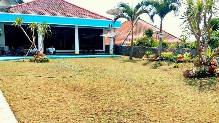 Villa Maryland Tretes - Pasuruan - 獨棟