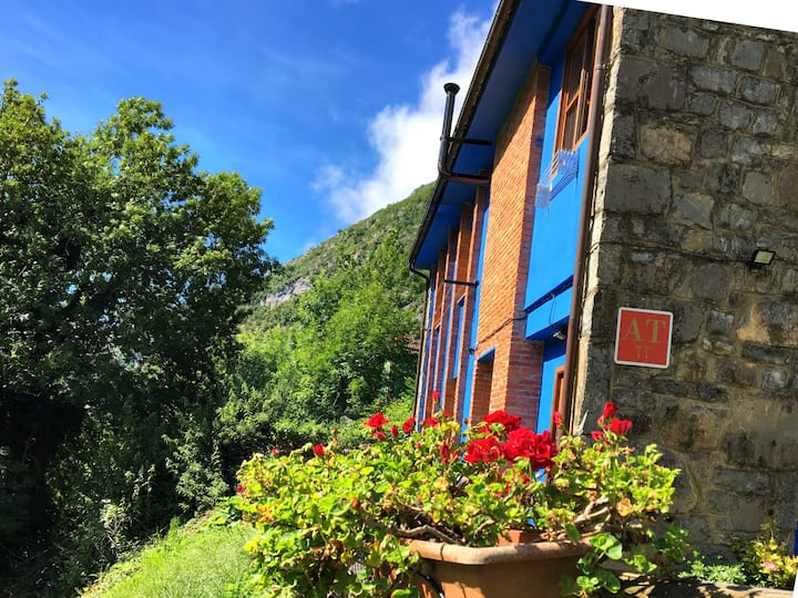 Casa Romántica en el Desfiladero. JACUZZI para 2