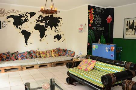 Quarto Coletivo (4 camas)- Seu paraíso em Ilhabela
