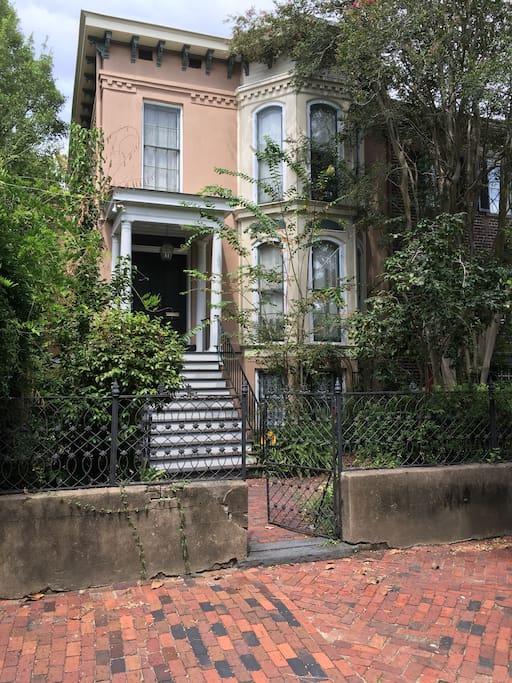 Garden Level Of Grand Savannah Home Apartments For Rent In Savannah Georgia United States