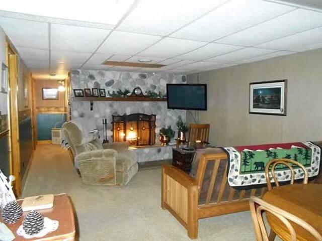 Kansas Creek Inn