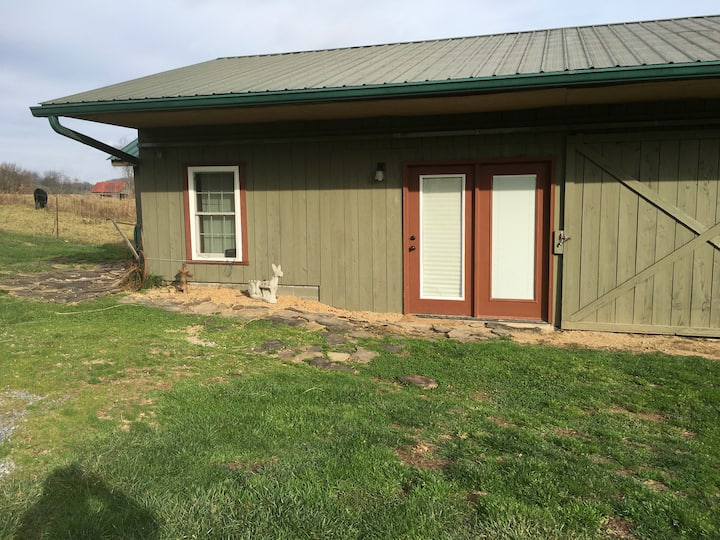2br1 bath cabin on creeper trail