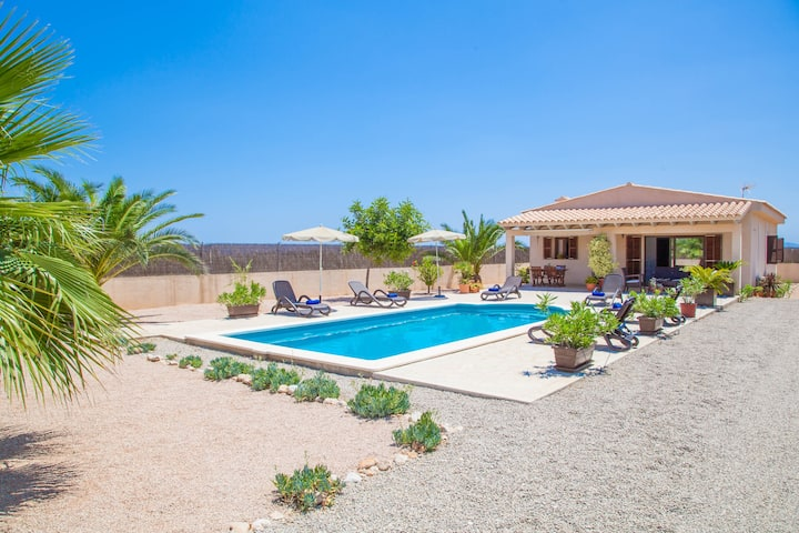 CAN MELIS - Wonderful villa with private pool located in rural and quiet surroundings. Free WiFi