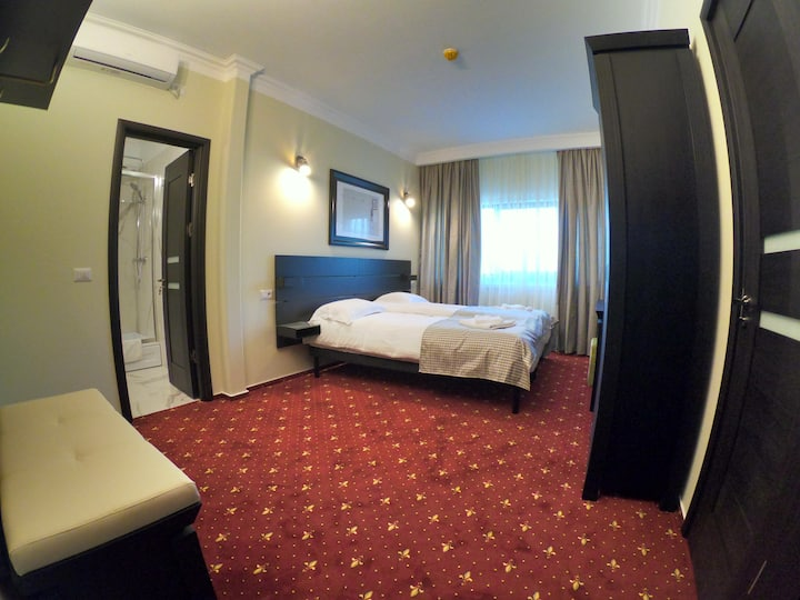 Double or twin room in pension