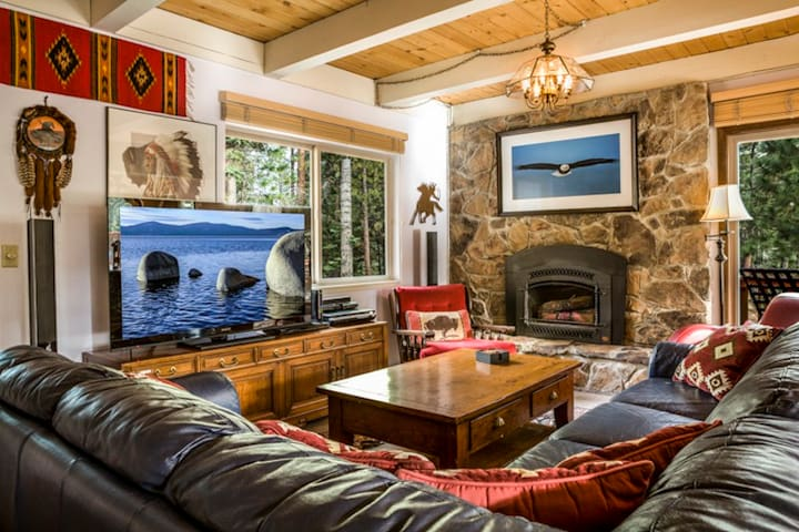 Mullin Cabin- Private Hot Tub - Carnelian Bay - Blockhütte