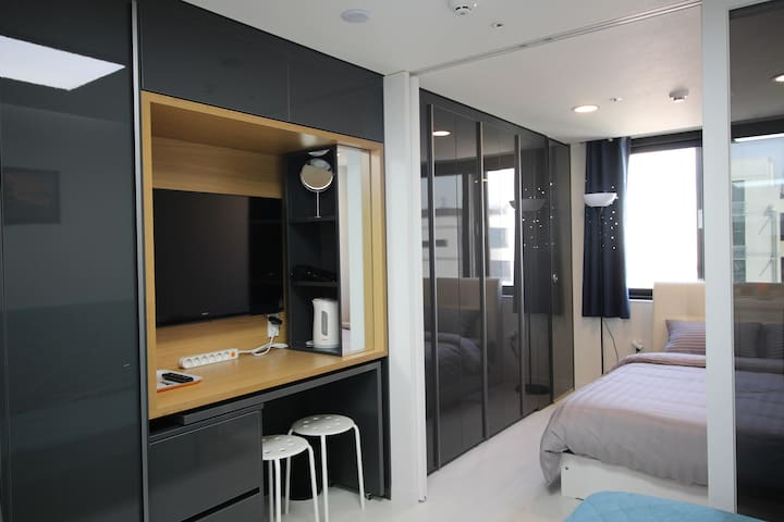 SF[Airport 1.7km, DutyFS 1km]1 Queen Bed Residence