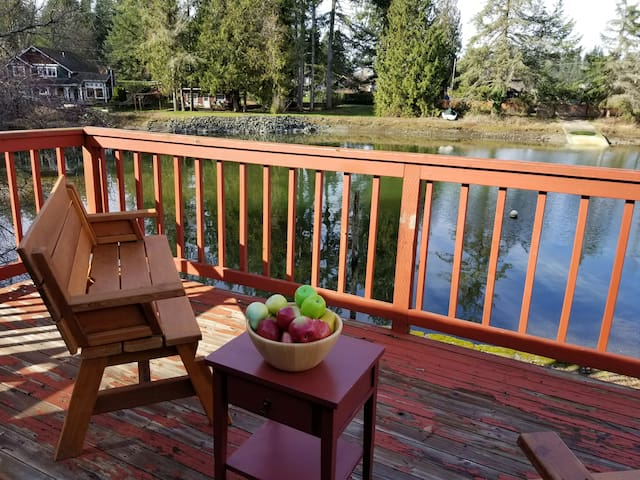 Island View Cabin - Abigail's Vacation Rentals