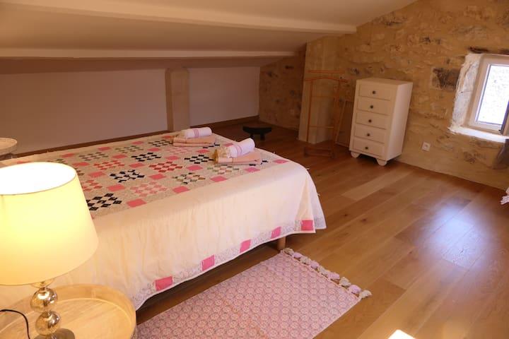 Chambre lit 160 au 2ème