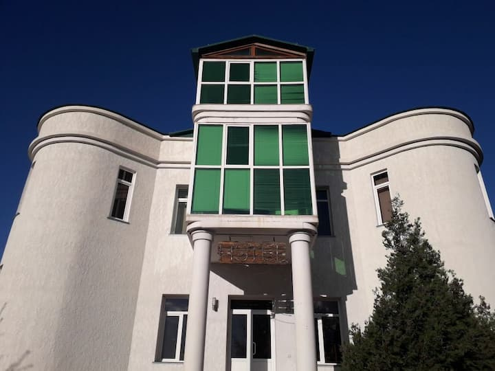Eghegnadzor mini hotel