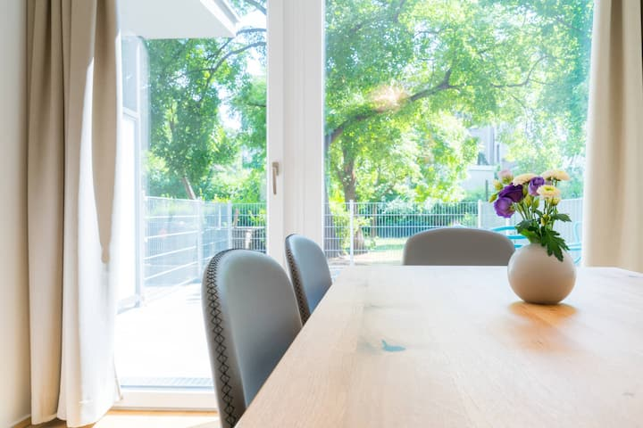 Vienna Residence   Magnificent maisonette apartment with atrium and garden #6361