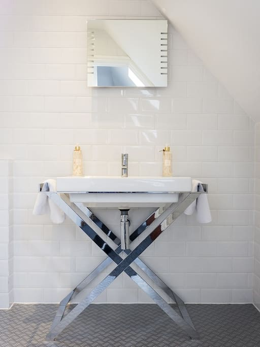 Italian designed ensuite shower room