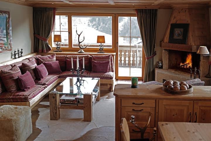 Charmante, traditionelle Wohnung, sonnige Lage
