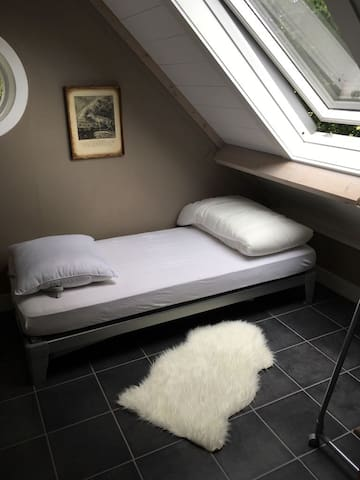 1st floor bedroom with 2 single beds, which can be amended to a double bed.
