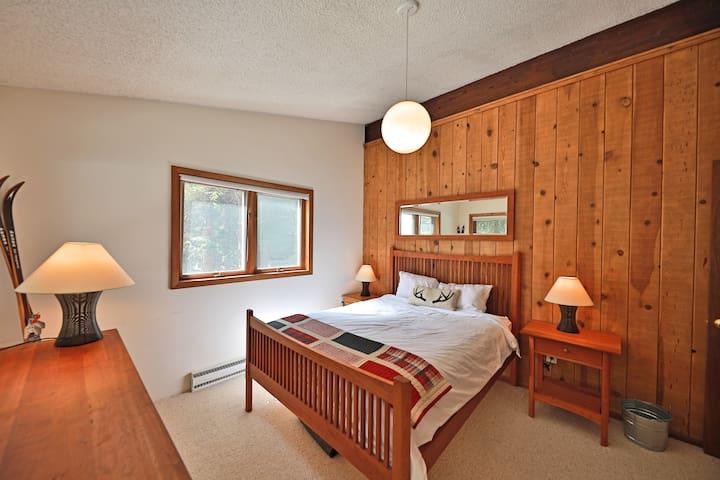 Bedroom #3 with queen bed