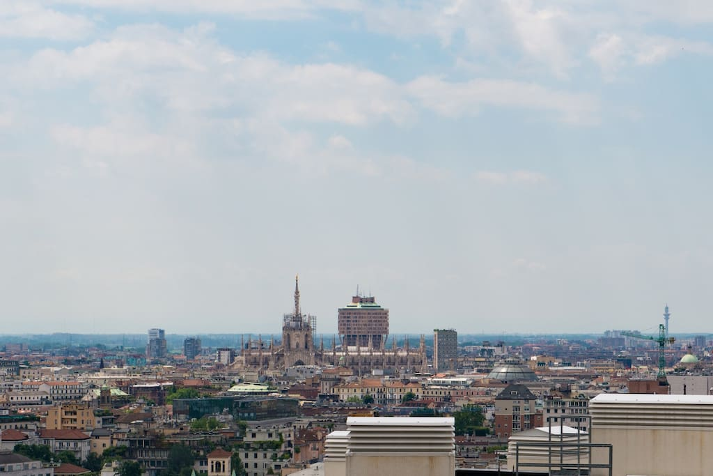 Milano Skyline view