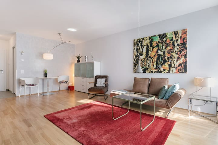 The luxe - perfect city flat in Dresden-Neustadt
