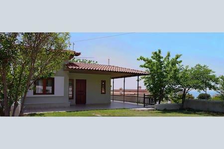 Agios Dimitrios summer house