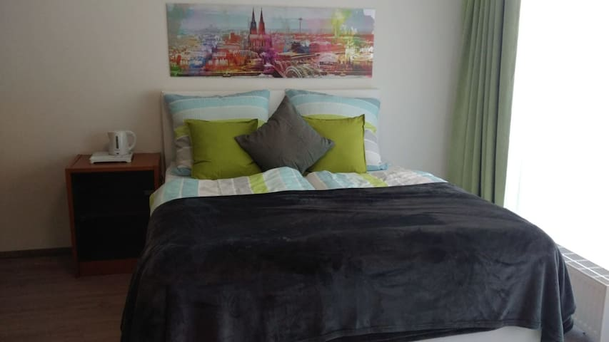 33qm cosy apartment in cologne south town / city