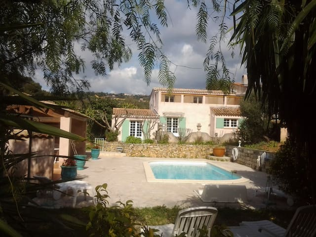 Villa - 6 km from the beach - Ollioules - Villa