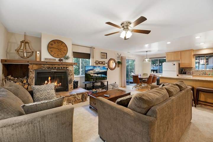 3BR Near Skiing w/ Fireplace & Deck