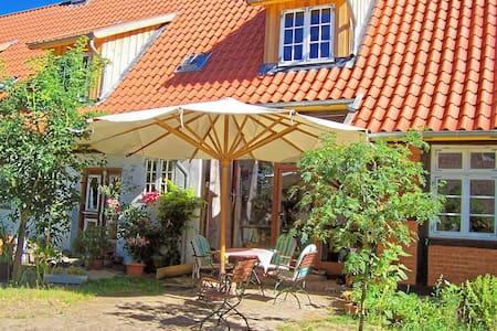 Urige Ferienwohnung im Fachwerkhaus - Wittendörp - Apartamento