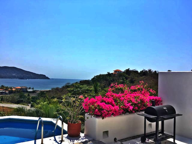 """Luxury Villa """"Ocean view and private pool"""""""