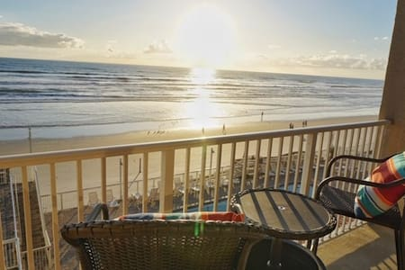 Amazing Ocean View Studio in Daytona Beach!