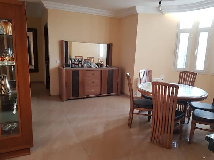 Agréable appartement à Elmanar 1, Villa Dar Farah
