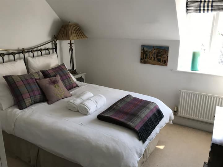 Double room central Stamford. Close to Burghley