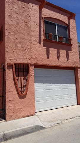 Departamento totalmente independiente y privado - Ciudad Juarez - Talo
