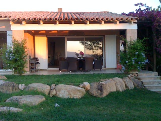 Jolie villa avec vue magnifique - Coti-Chiavari - House