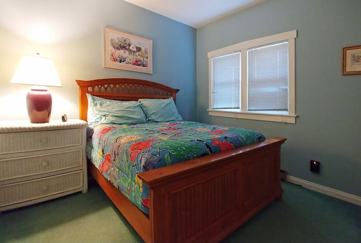 1st Floor Bedroom 1